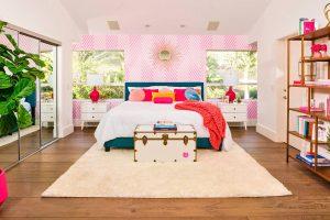 A mid-century bedroom. Picture: Barbie Media