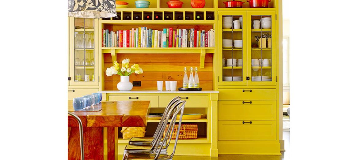 7 Ways To Dress Up Your Kitchen With Color