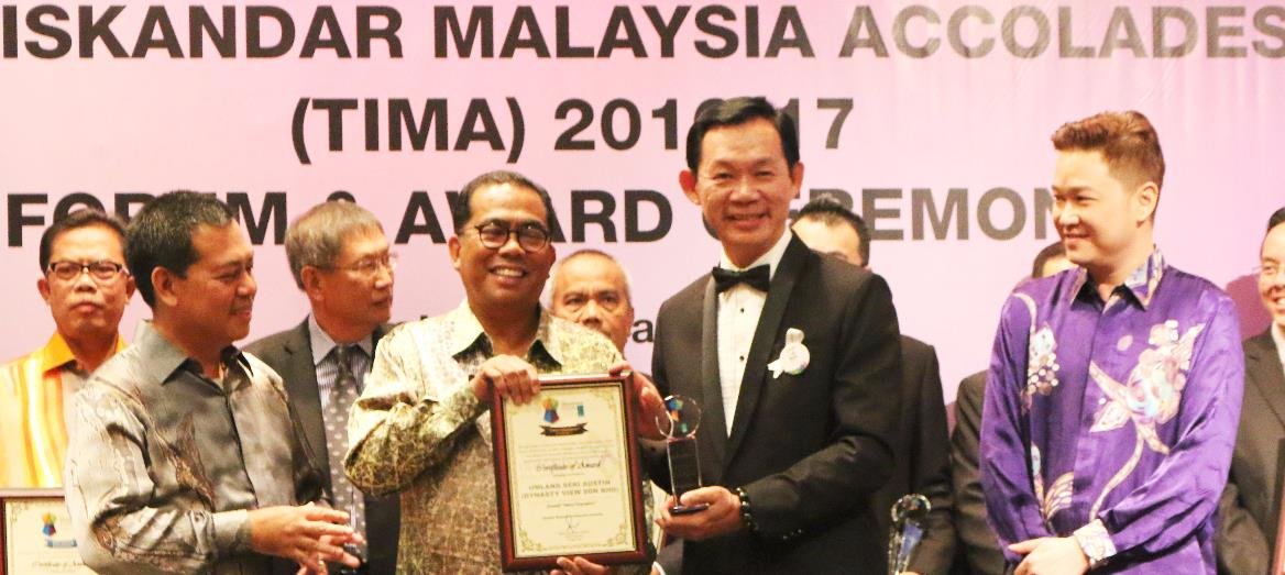 Seri Austin Recognized as Most-valued Contributions Towards the Quality of Life in Iskandar Malaysia at TIMA 2016/17