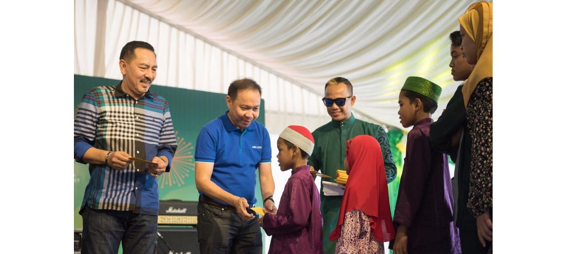 Rousing 'Riuh Raya 2017' Celebration By IJM Land With Malaysia''s Top Celebrities