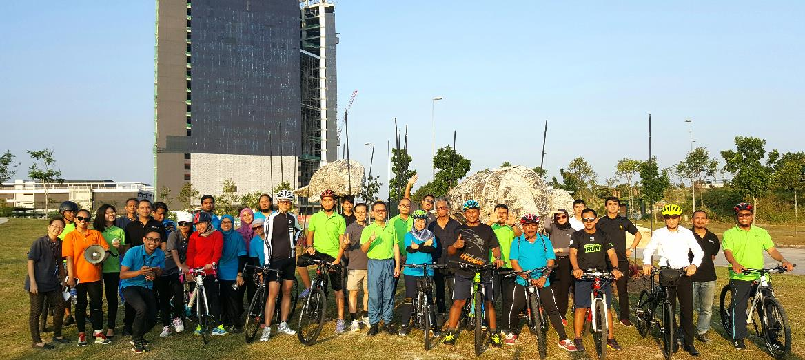 Medini City Opens Cycling Paths & Creates Green Parks