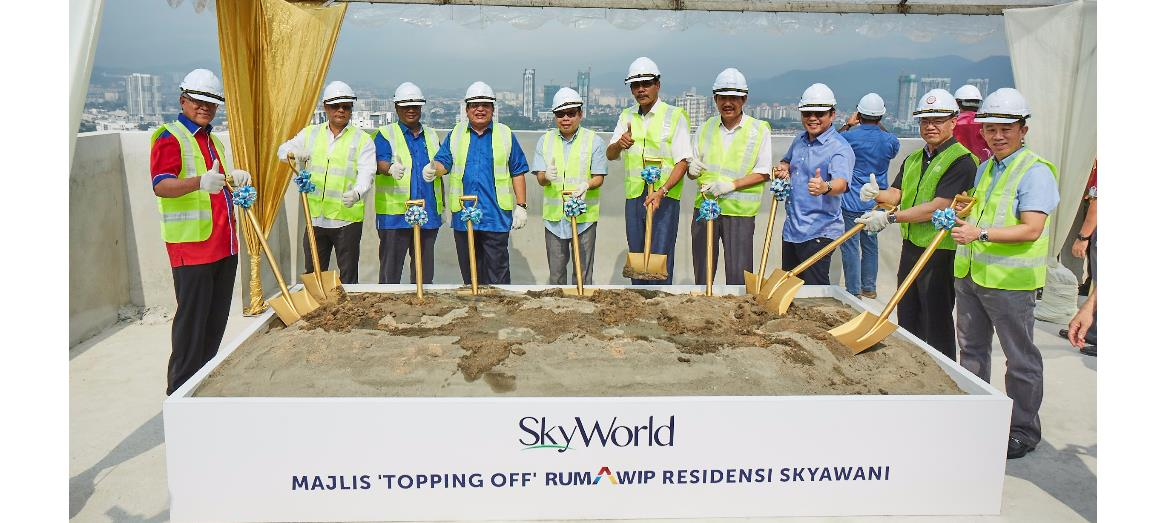 Skyworld hosted a successful Topping Off ceremony for its SkyAwani 1 Residences at Sentul