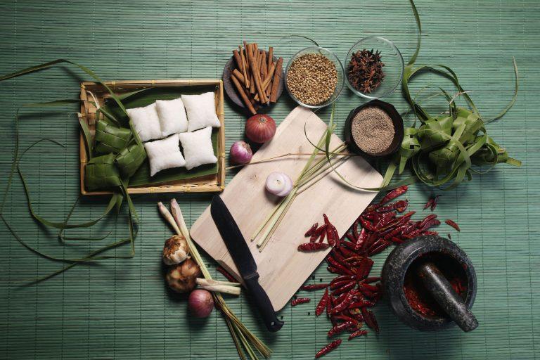 food-raya-prepare