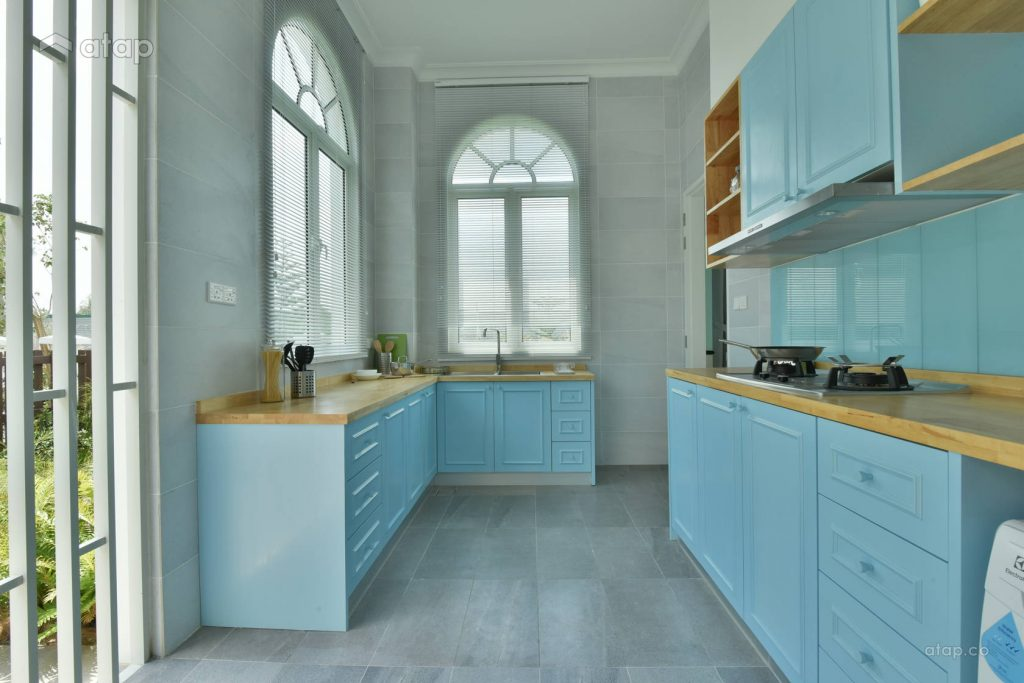 Small kitchen design with light blue-coloured theme