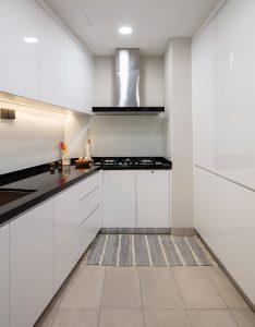 left-handed-user-kitchen