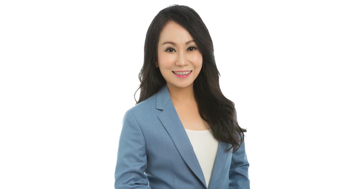 Eva Tan