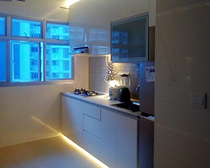 kitchen-cabinet_orig1