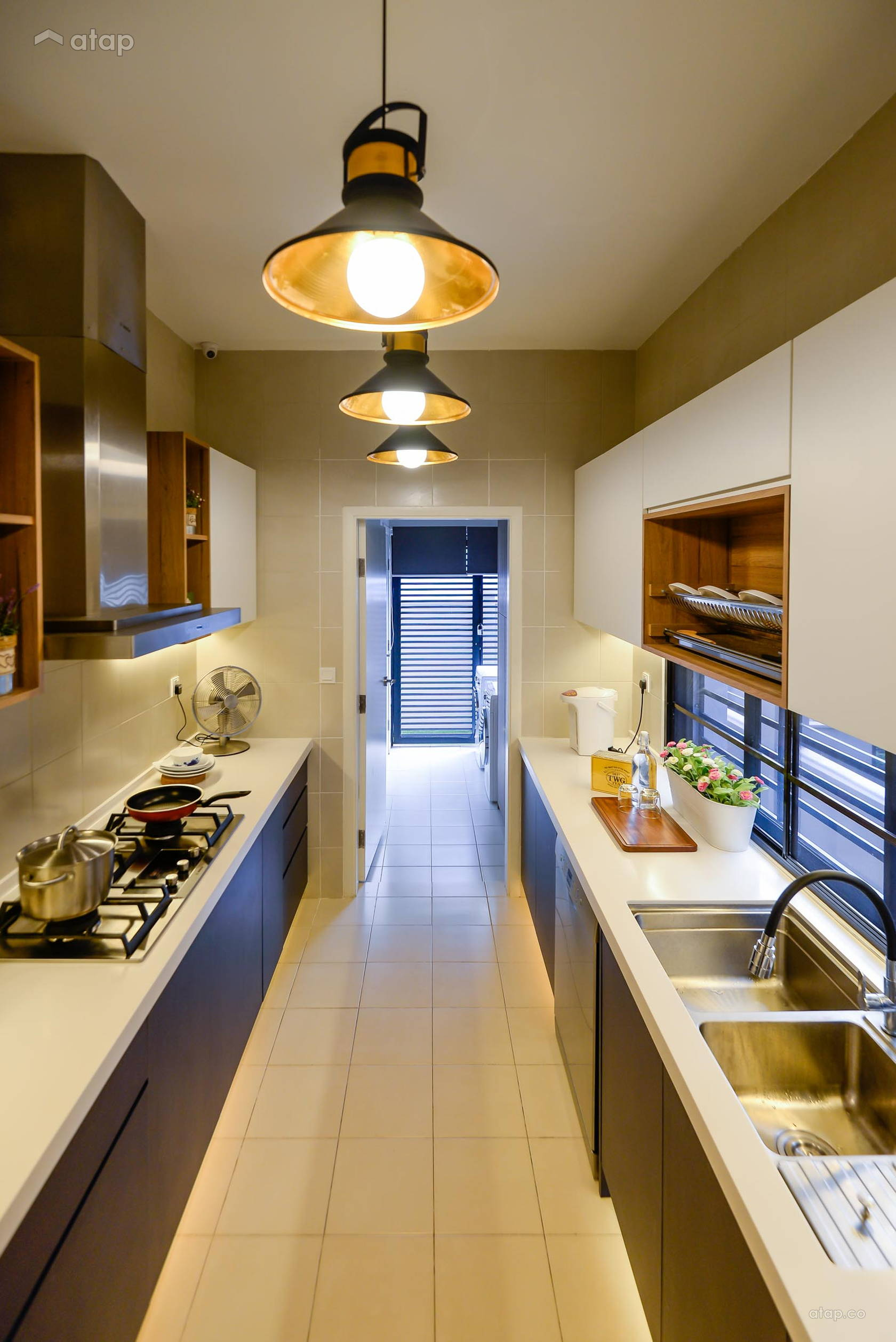 galley-kitchen-with-white-and-wood-theme