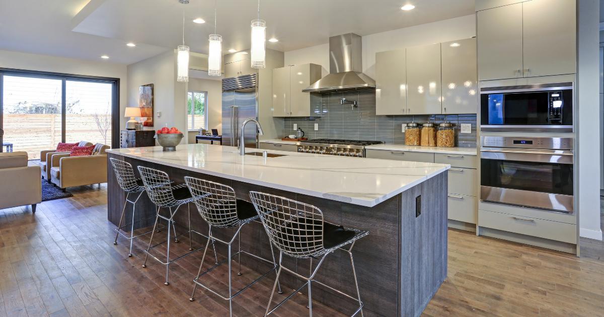 花岗岩、大理石或石英石:你应该选择哪款厨房台面?5