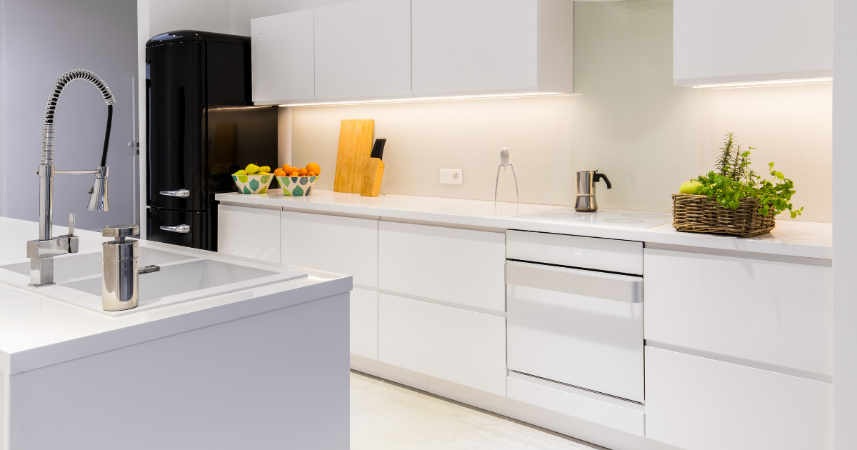 The pros and cons of the laminate type of kitchen countertop