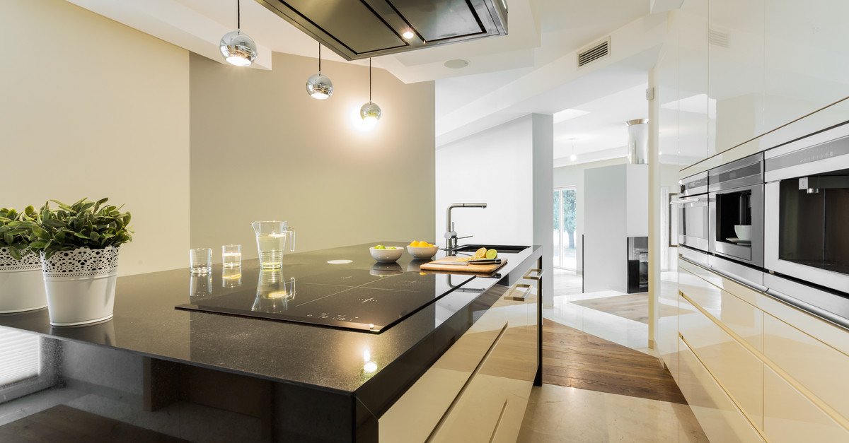 The pros and cons of the solid surface type of kitchen countertop