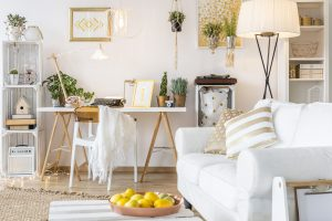 Spacious and functional apartment with gold decors