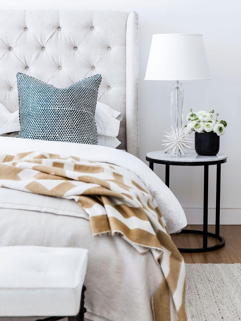 small-bedroom-decor