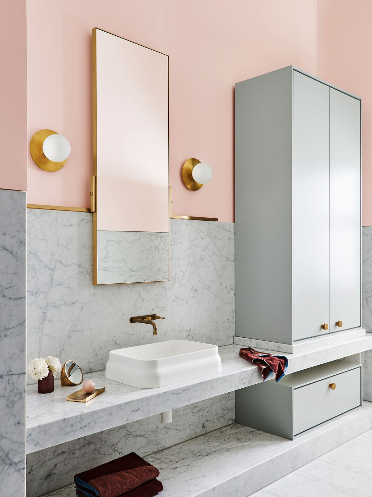 Dulux-Colour-Forecast-2018-Legacy-Palette-bathroom