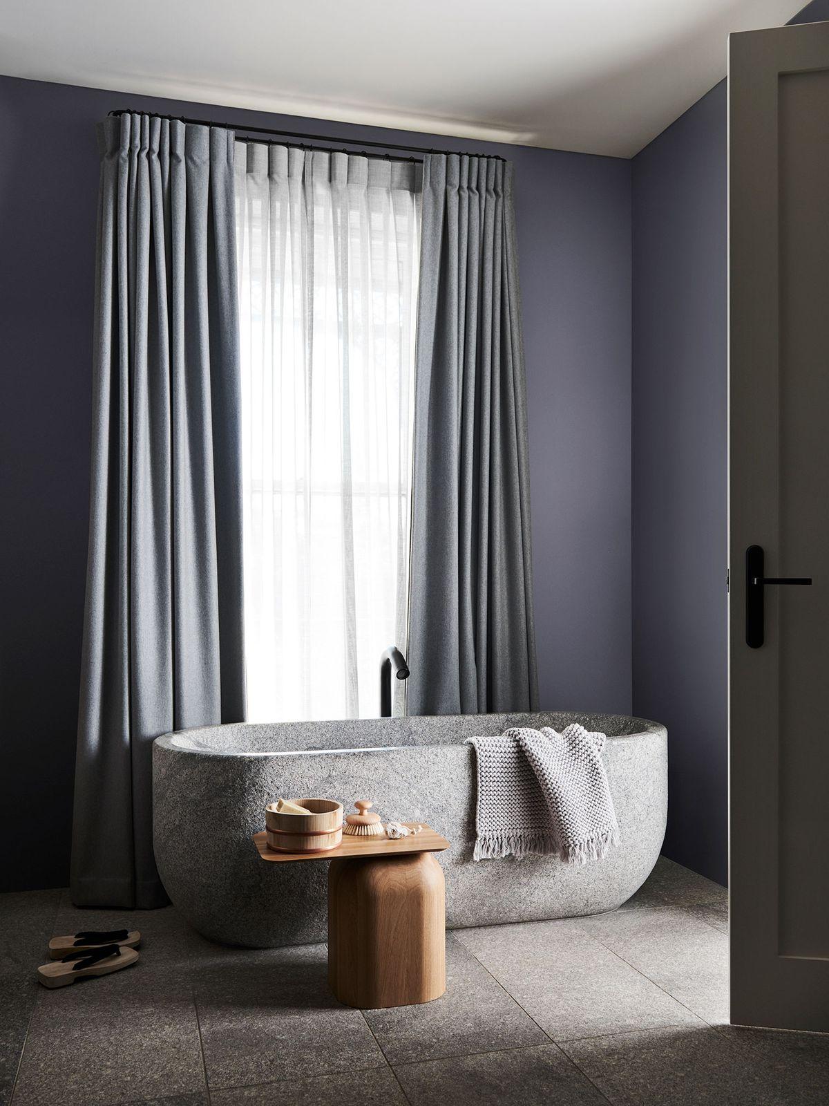 purple-bathroom