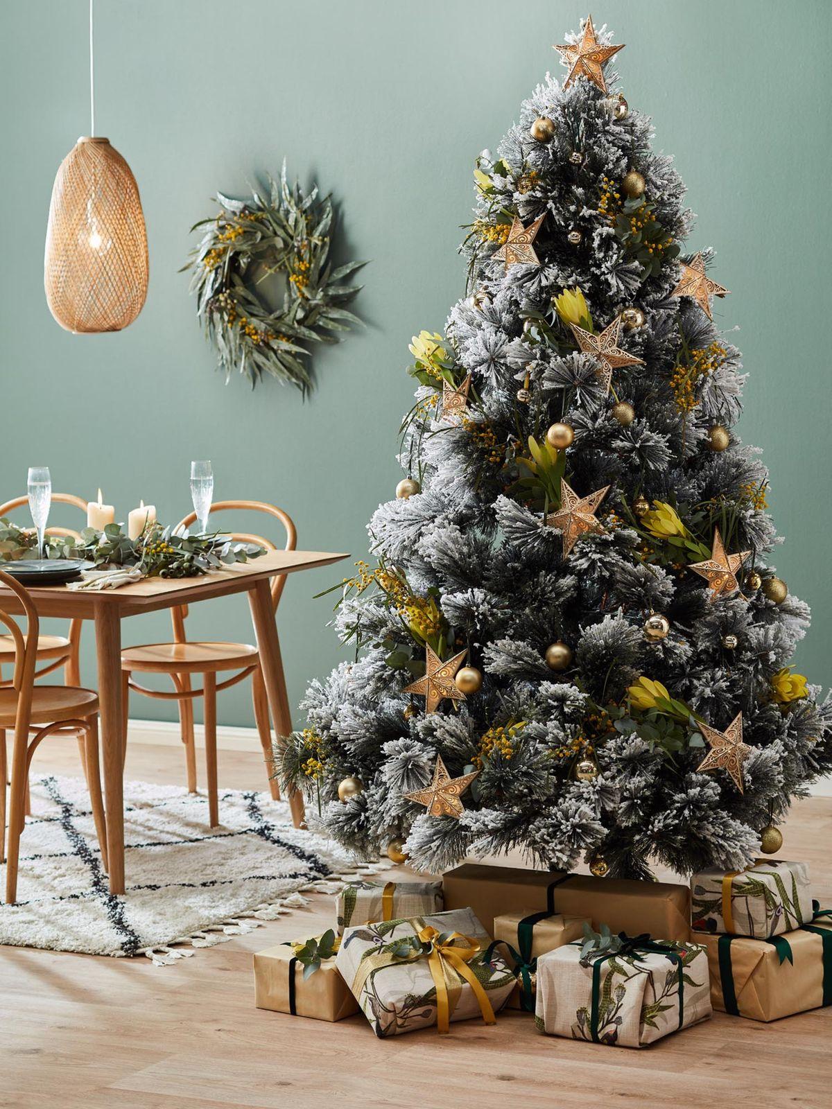Snow-Tipped-christmas-tree