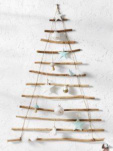 Wall-Hung-christmas-tree