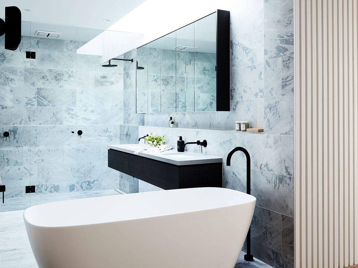 bathroom-cupboards-and-vanity