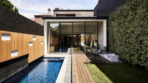 outdoor-swimming-pool-deck