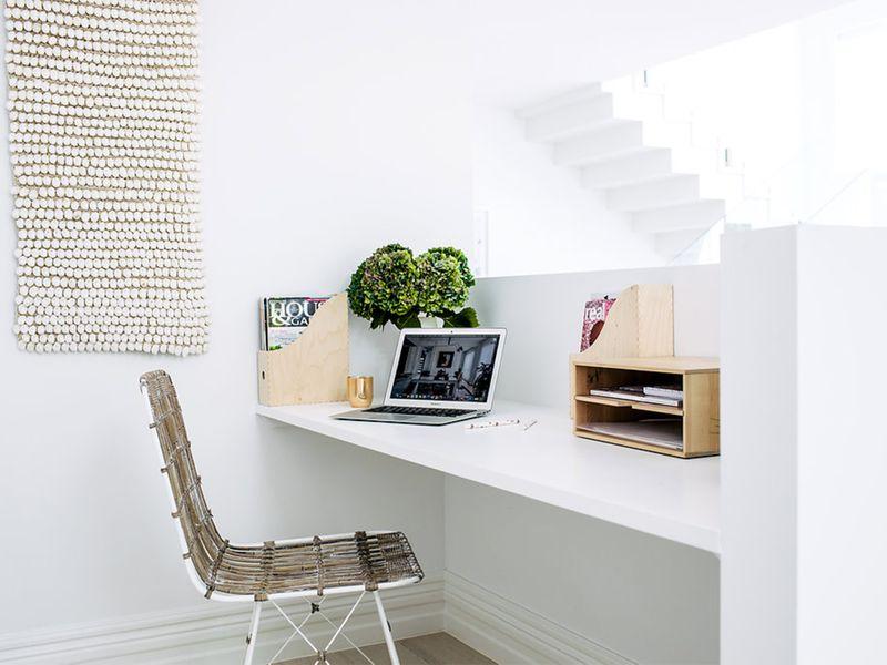corner-home-office