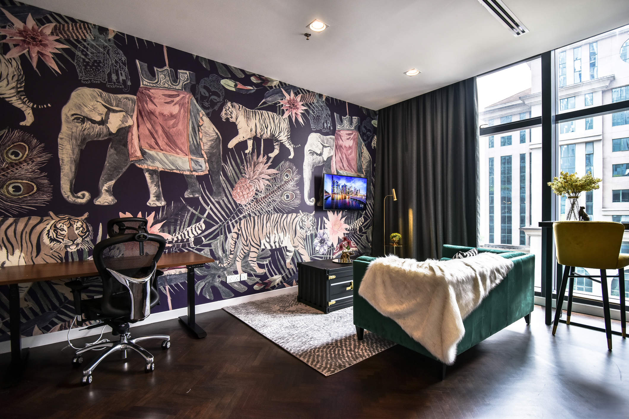 colony-coworking-space-star-boulevard-klcc-luxe-suite-3