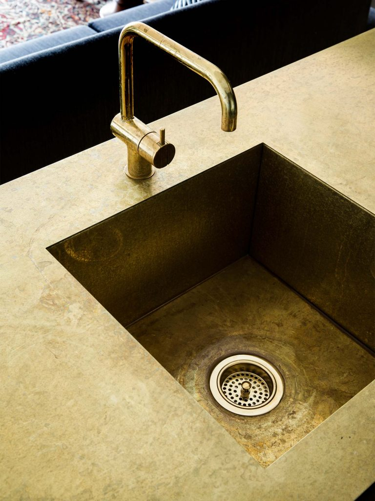 Brass sinks and tapware
