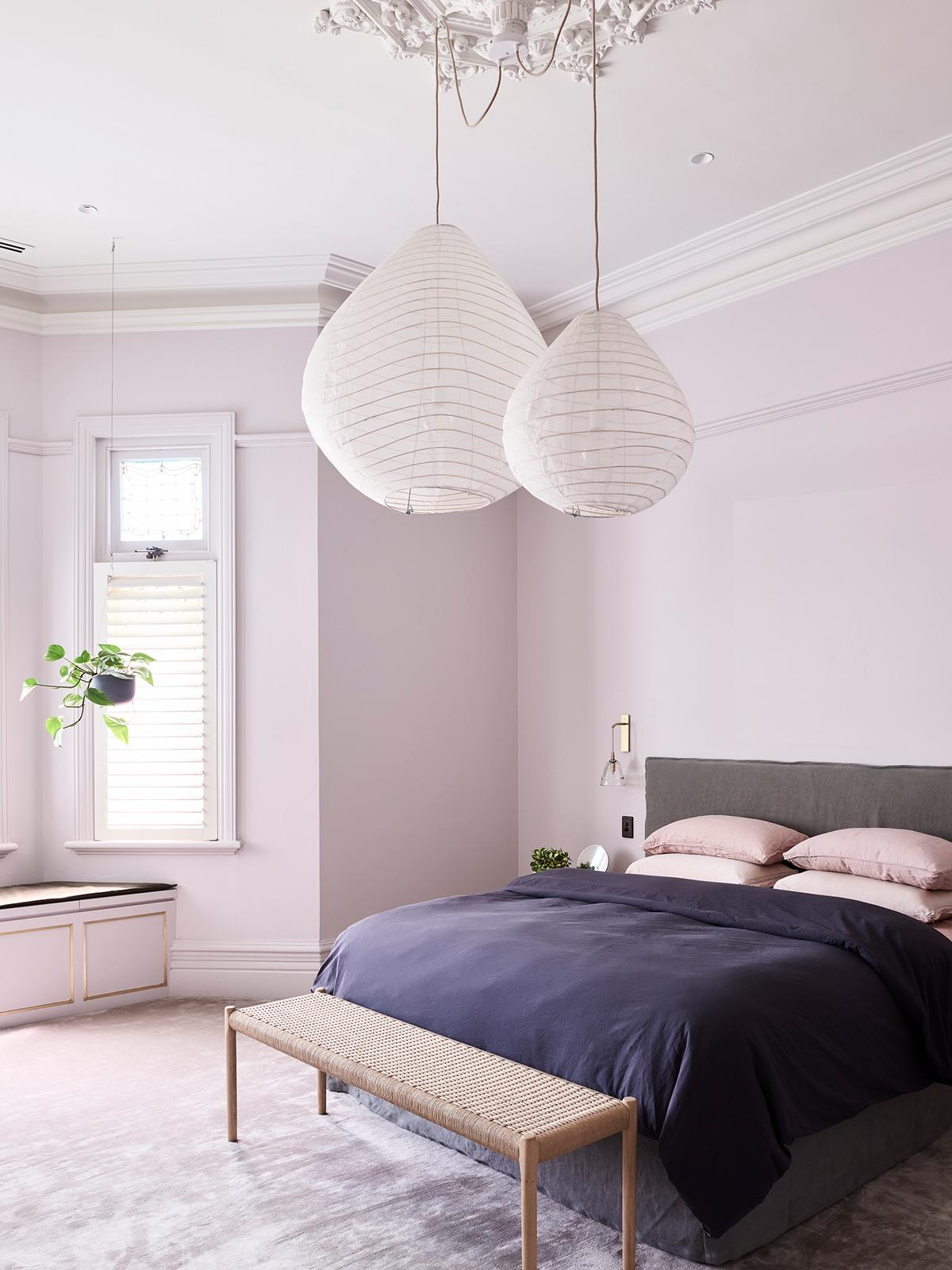 purple-bedroom-colour